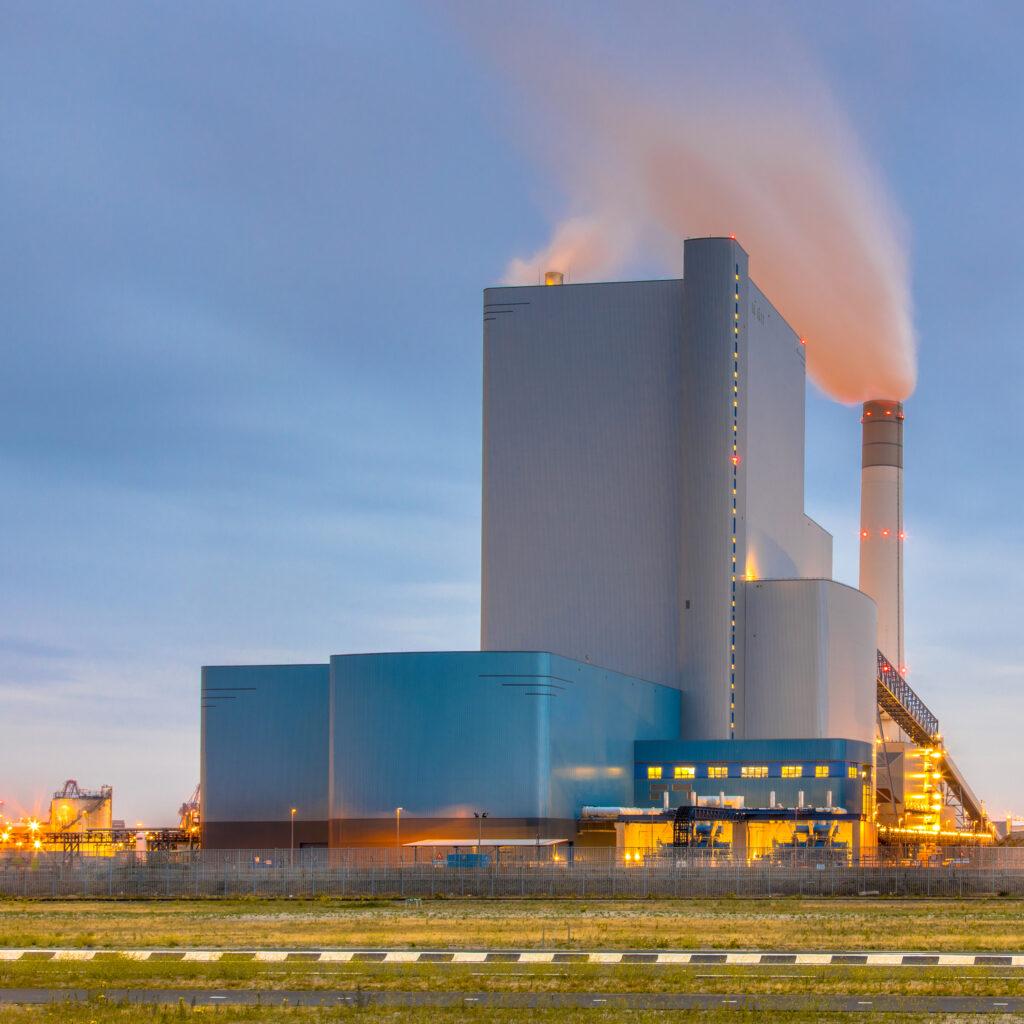 תחנות כוח: ניטור חומרי גלם מאפשר להגביל מקורות פוטנציאליים של תרכובות מאכלות ויכול למנוע נזק כבד לציוד יקר.